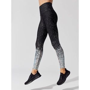 Beyond Yoga - Drip Dot Midi Leggings NWT - M